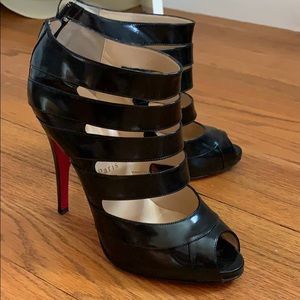 Christian louboutin black patent leather bootie